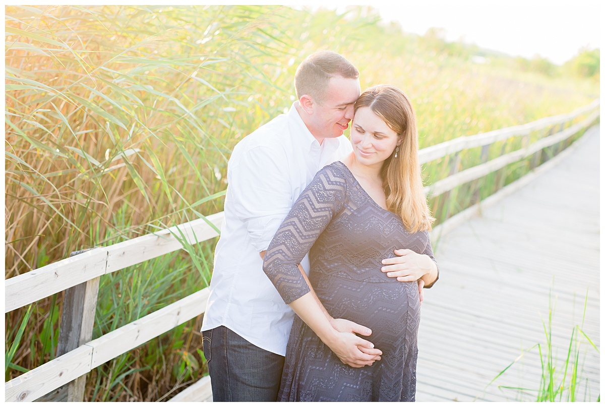 Kristen and Ryan's Maternity Shoot // Sandbridge, VA