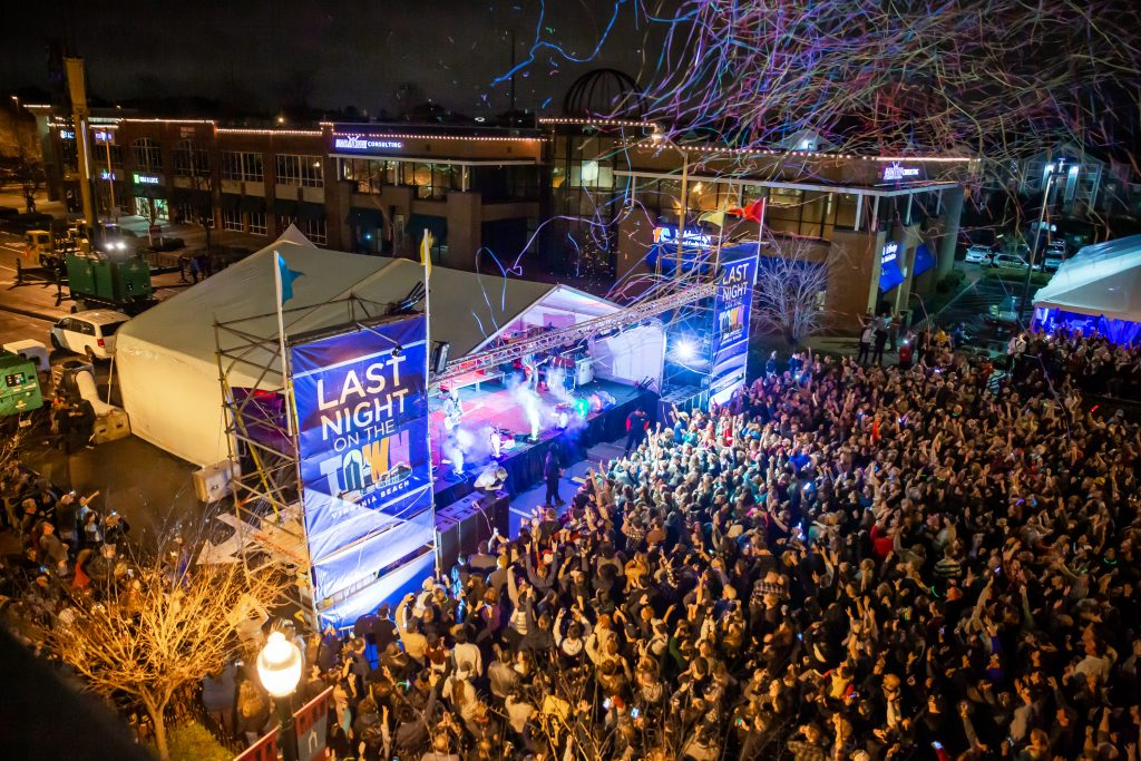 last night on the town, town center virginia beach, sami roy photography, hampton roads events, switchfoot