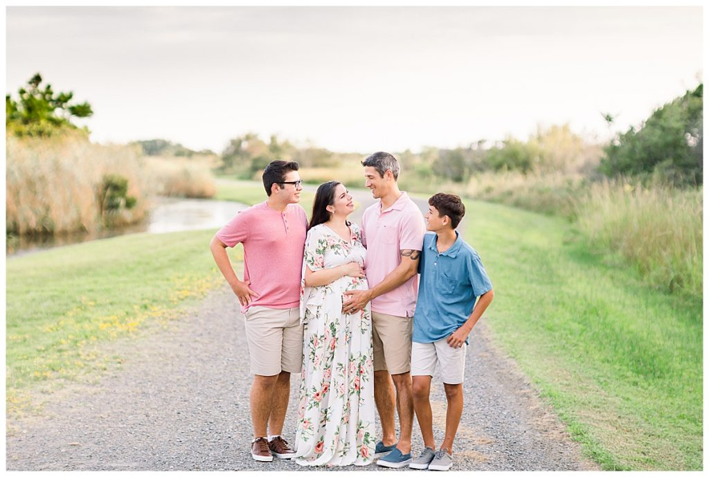 pink and blue maternity session, Sarah and Tommy, Maternity Session, Sami Roy Photography