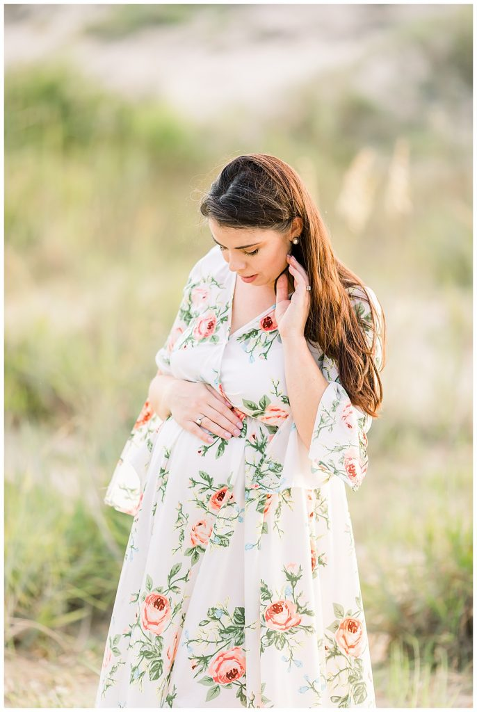 floral maternity dress, Sarah and Tommy, Maternity Session, Sami Roy Photography