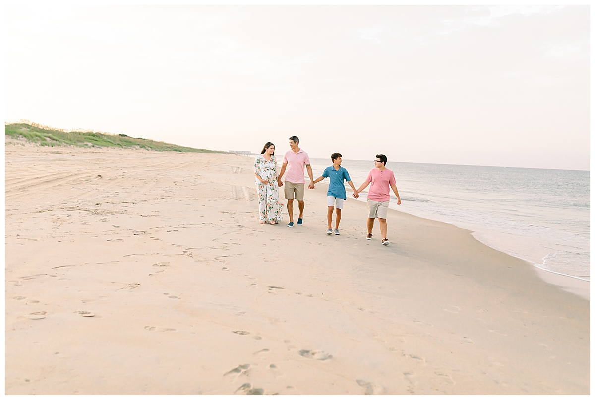 Sarah & Tommy's Maternity Session // Sandbridge, VA
